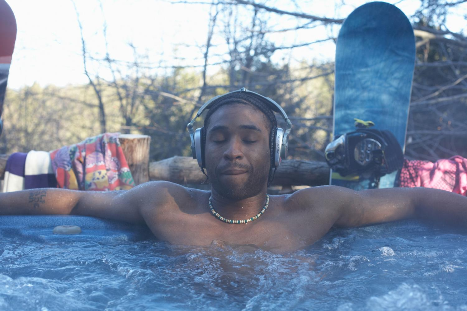 How to create the perfect hot tub playlist