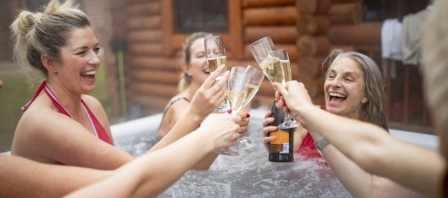Trying to Stick to Your New Year's Resolution? Here Are 5 Ways Your Hot Tub Can Help