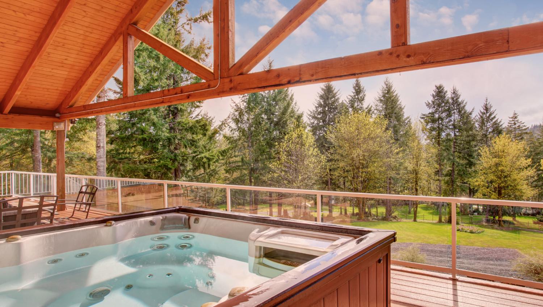hot-tub-fall